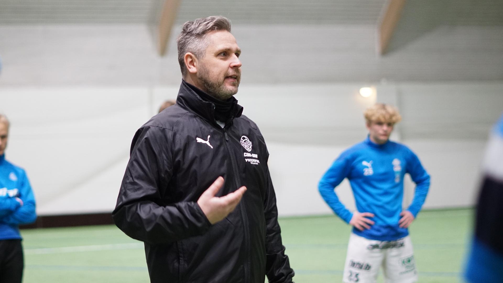 Miesten edustus valmistautuu alkavaan kauteen – Lauantaina kohdataan AC Oulu
