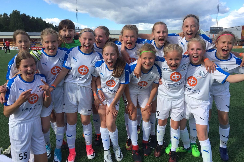 RoPS:n Tytöt 04-06 joukkueella onnistunut turnausreissu Piteåån